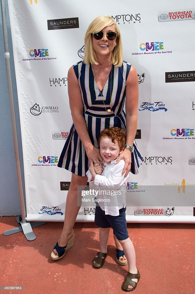 Actress Jane Krakowski and Bennett Godley attends the 6th Annual Family Affair hosted by CMEE at Children's Museum of the East End on July 19 2014 in...