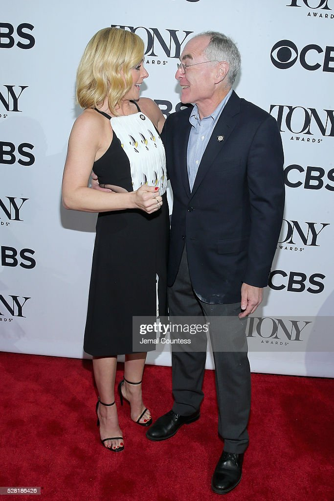 Actress <a gi-track='captionPersonalityLinkClicked' href=/galleries/search?phrase=Jane+Krakowski&family=editorial&specificpeople=203166 ng-click='$event.stopPropagation()'>Jane Krakowski</a> (L) and Producer Todd Haimes attend the 2016 Tony Awards Meet The Nominees Press Reception on May 4, 2016 in New York City.