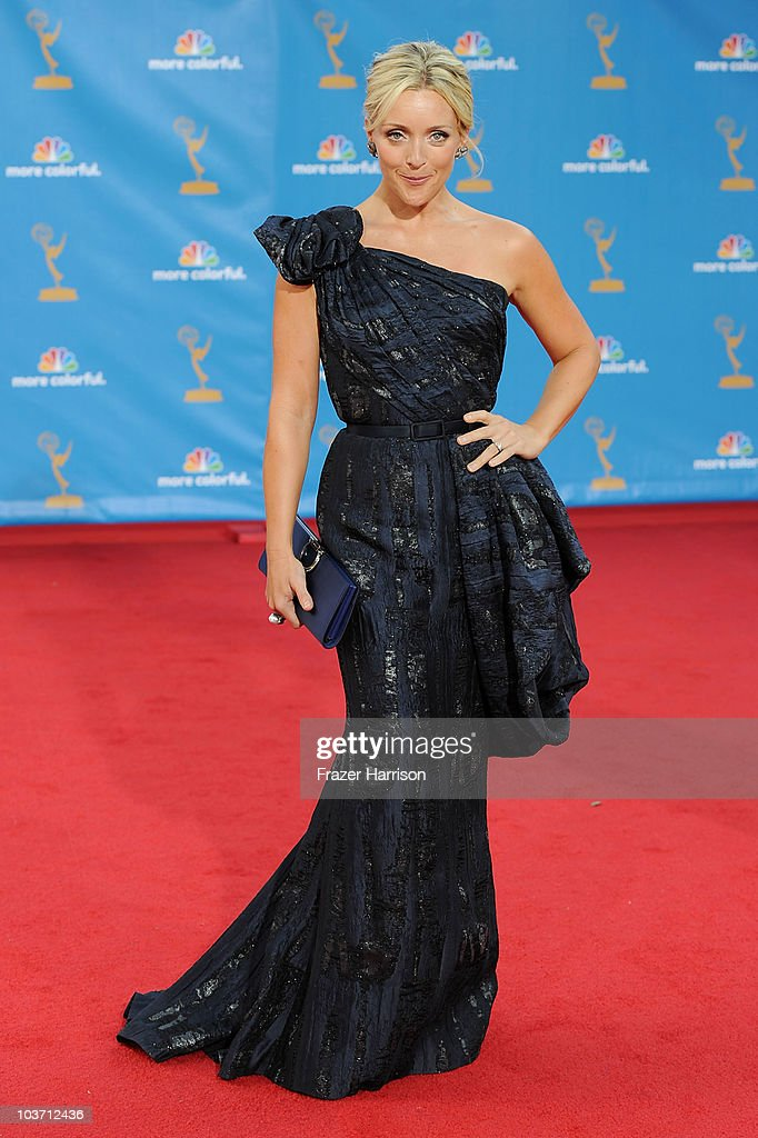 Actress Jane Krakowski arrives at the 62nd Annual Primetime Emmy Awards held at the Nokia Theatre L.A. Live on August 29, 2010 in Los Angeles, California.
