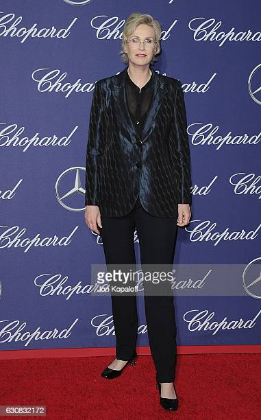 Actress Jane Lynch arrives at the 28th Annual Palm Springs International Film Festival Film Awards Gala at Palm Springs Convention Center on January...
