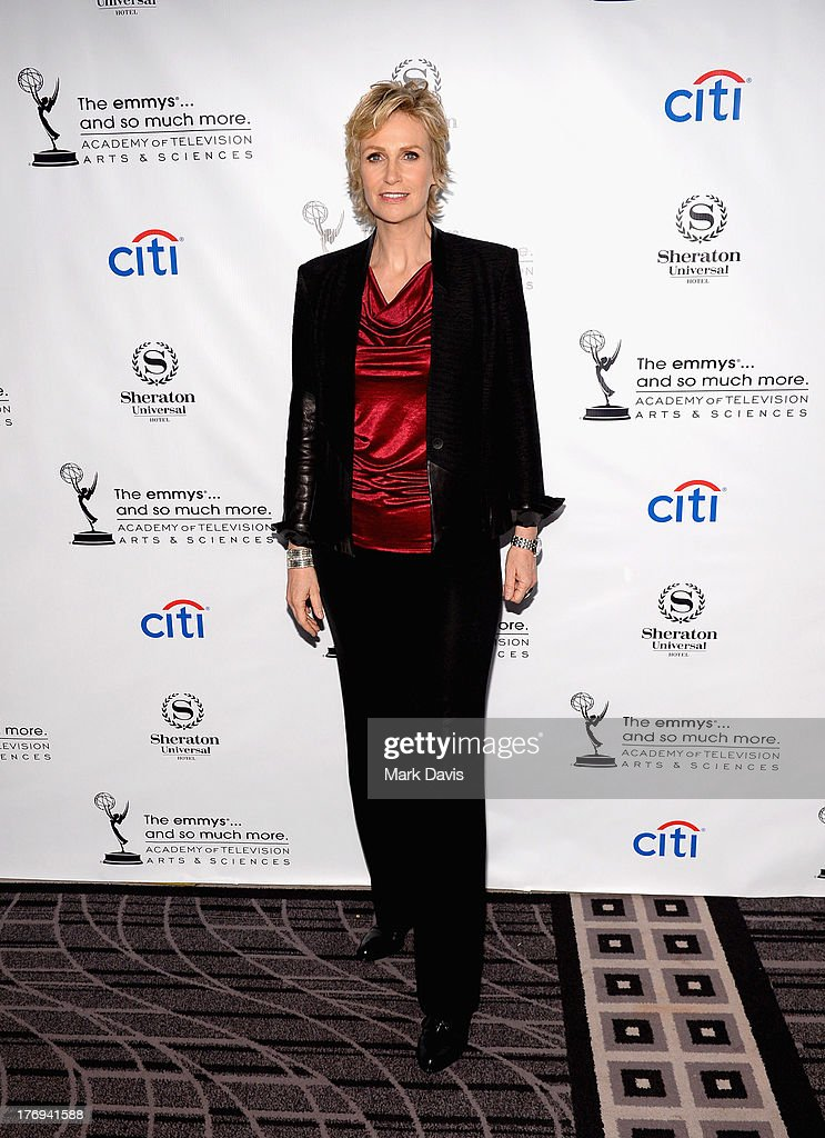 Actress <a gi-track='captionPersonalityLinkClicked' href=/galleries/search?phrase=Jane+Lynch&family=editorial&specificpeople=663918 ng-click='$event.stopPropagation()'>Jane Lynch</a> arrives at the Academy of Television Arts & Sciences' Performers Peer Group cocktail reception to celebrate the 65th Primetime Emmy Awards at Sheraton Universal on August 19, 2013 in Universal City, California.