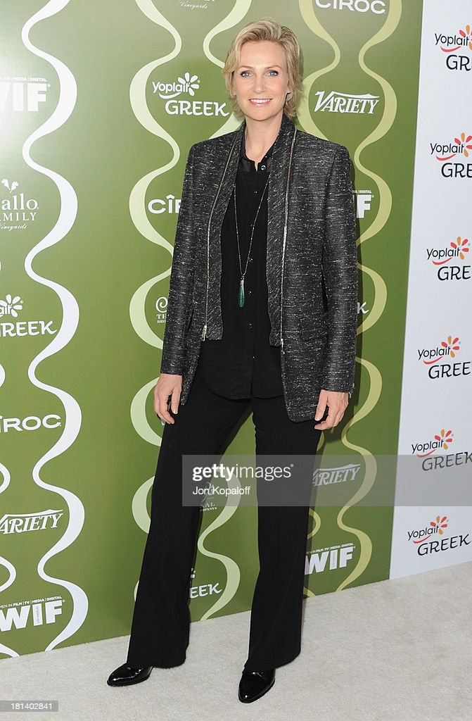 Actress <a gi-track='captionPersonalityLinkClicked' href=/galleries/search?phrase=Jane+Lynch&family=editorial&specificpeople=663918 ng-click='$event.stopPropagation()'>Jane Lynch</a> arrives at the Variety And Women In Film Pre-Emmy Party at Scarpetta on September 20, 2013 in Beverly Hills, California.