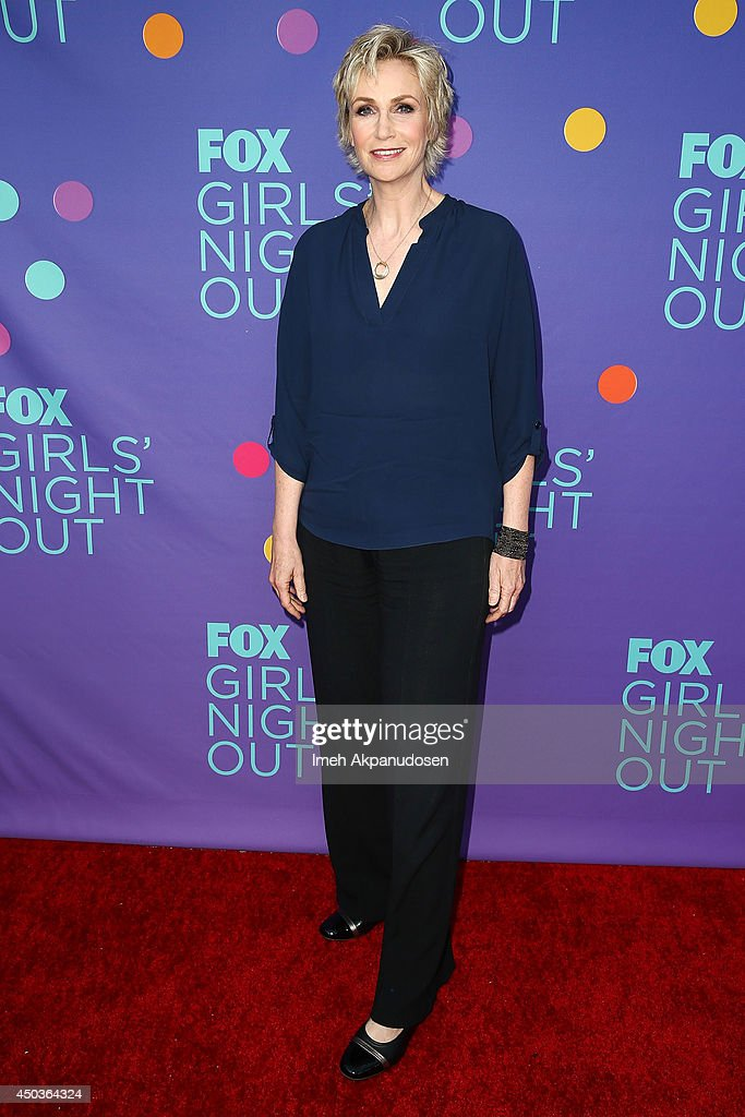 Actress <a gi-track='captionPersonalityLinkClicked' href=/galleries/search?phrase=Jane+Lynch&family=editorial&specificpeople=663918 ng-click='$event.stopPropagation()'>Jane Lynch</a> attends Fox's 'Girls Night Out' at Leonard H. Goldenson Theatre on June 9, 2014 in North Hollywood, California.
