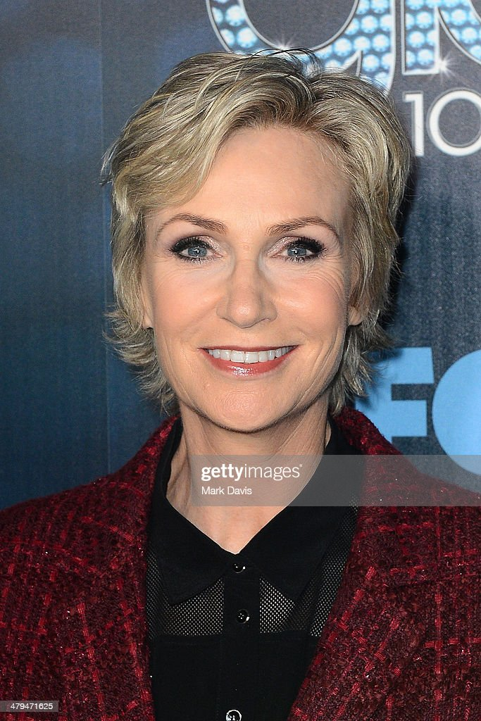 Actress <a gi-track='captionPersonalityLinkClicked' href=/galleries/search?phrase=Jane+Lynch&family=editorial&specificpeople=663918 ng-click='$event.stopPropagation()'>Jane Lynch</a> attends Fox's 'GLEE' 100th Episode Celebration held at Chateau Marmont on March 18, 2014 in Los Angeles, California.