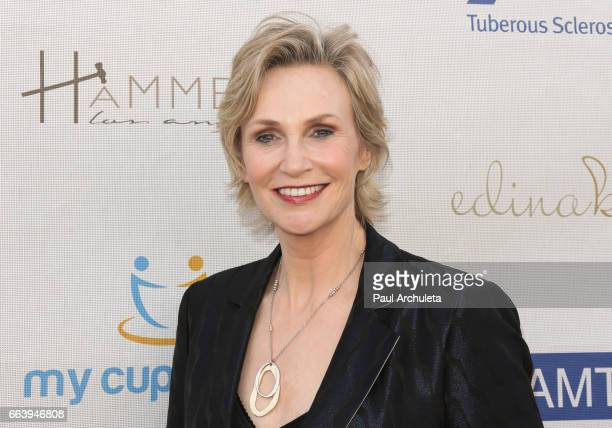 Actress Jane Lynch attends the 16th annual Comedy For Cure Benefiting The Tuberous Sclerosis Alliance at The Globe Theatre on April 2 2017 in...