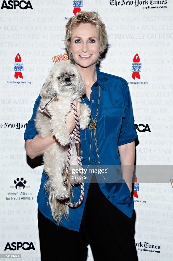 Actress <a gi-track='captionPersonalityLinkClicked' href=/galleries/search?phrase=Jane+Lynch&family=editorial&specificpeople=663918 ng-click='$event.stopPropagation()'>Jane Lynch</a> attends the Broadway Barks 15th Animal Adoption Event at Shubert Alley on July 13, 2013 in New York City.