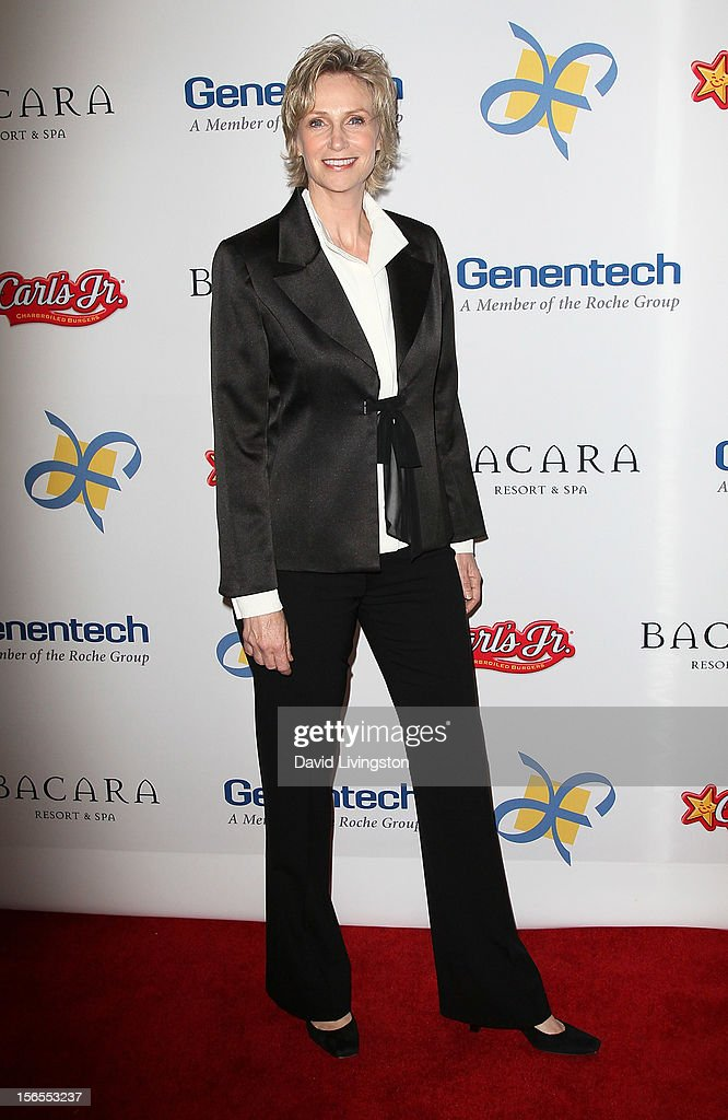 Actress <a gi-track='captionPersonalityLinkClicked' href=/galleries/search?phrase=Jane+Lynch&family=editorial&specificpeople=663918 ng-click='$event.stopPropagation()'>Jane Lynch</a> attends the Dream Foundation's 11th Annual Celebration of Dreams at Bacara Resport and Spa on November 16, 2012 in Santa Barbara, California. Dream Foundation is a national organization that serves the final wishes of adults - and their families - facing life-threatening illness.