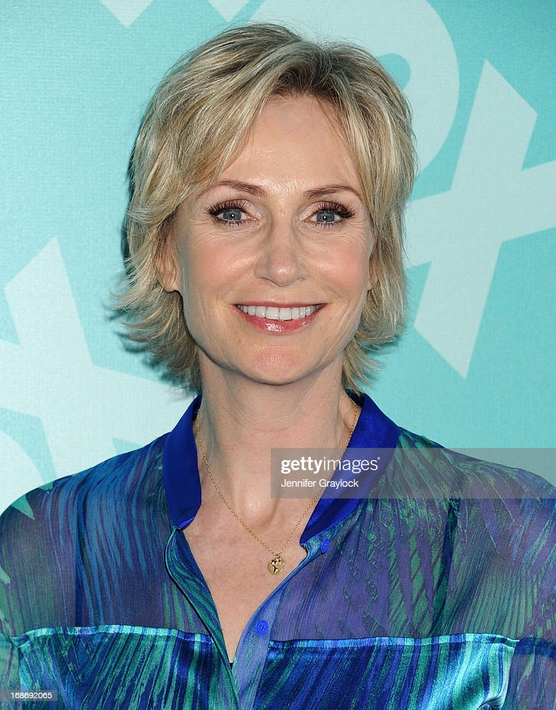 Actress <a gi-track='captionPersonalityLinkClicked' href=/galleries/search?phrase=Jane+Lynch&family=editorial&specificpeople=663918 ng-click='$event.stopPropagation()'>Jane Lynch</a> attends the FOX 2103 Programming Presentation Post-Party at Wollman Rink in Central Park on May 13, 2013 in New York City.