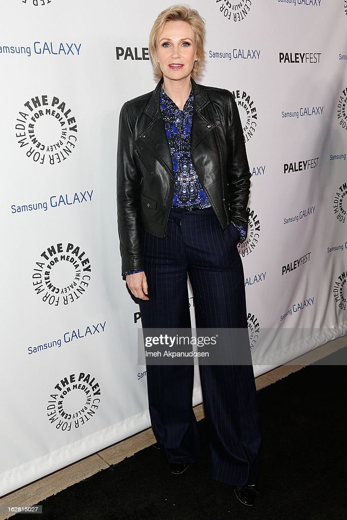 Actress Jane Lynch attends the Inaugural PaleyFest Icon Award honoring Ryan Murphy at The Paley Center for Media on February 27, 2013 in Beverly Hills, California.