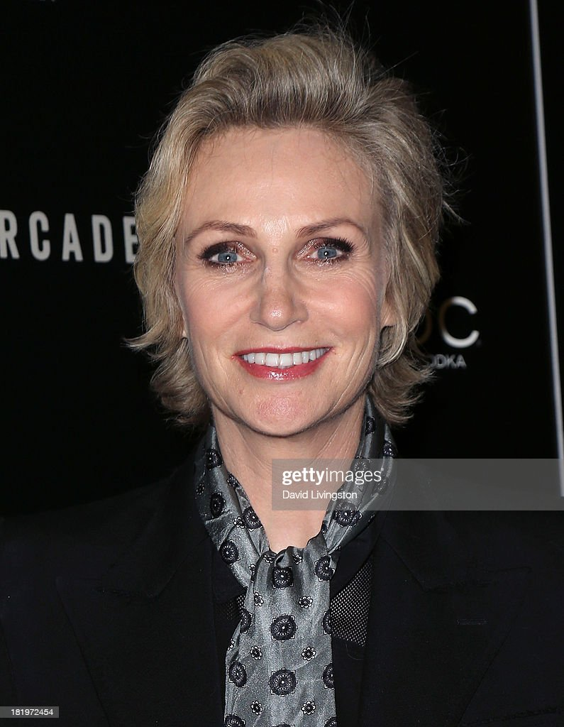 Actress <a gi-track='captionPersonalityLinkClicked' href=/galleries/search?phrase=Jane+Lynch&family=editorial&specificpeople=663918 ng-click='$event.stopPropagation()'>Jane Lynch</a> attends the premiere of the Film Arcade's 'A.C.O.D.' at the Landmark Theater on September 26, 2013 in Los Angeles, California.