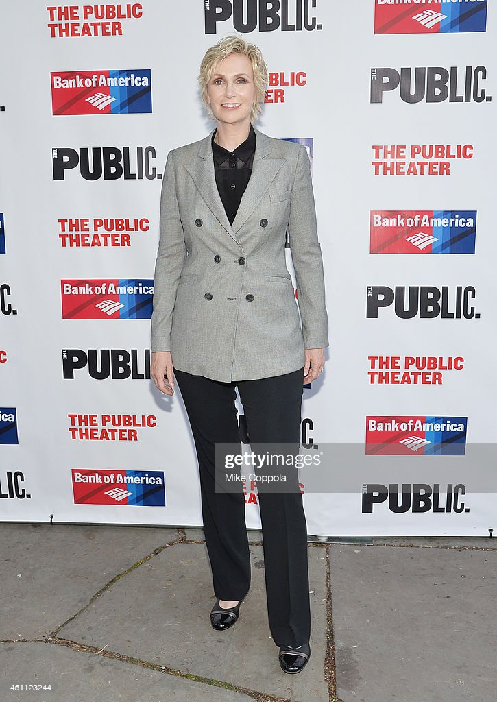 Actress <a gi-track='captionPersonalityLinkClicked' href=/galleries/search?phrase=Jane+Lynch&family=editorial&specificpeople=663918 ng-click='$event.stopPropagation()'>Jane Lynch</a> attends the Public Theater's 2014 Gala celebrating 'One Thrilling Combination' on June 23, 2014 in New York, United States.