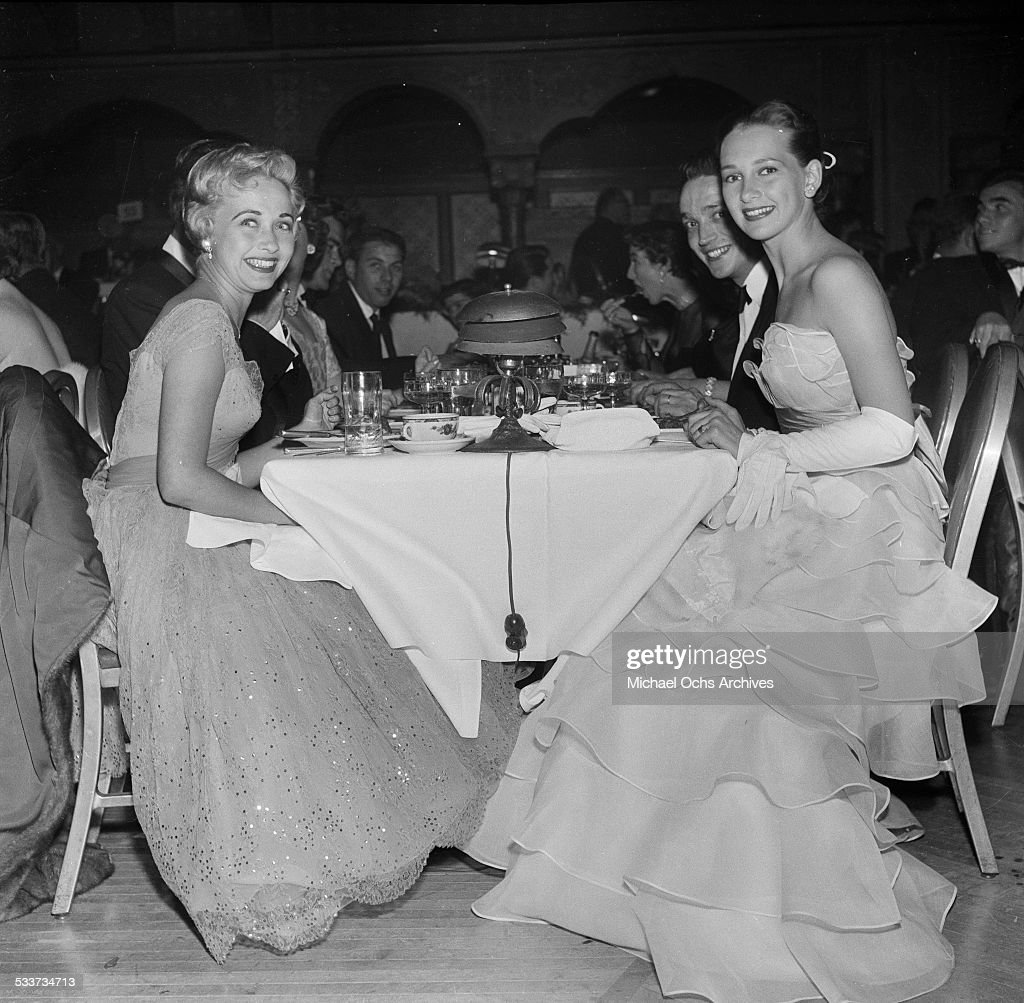 Actress Jane Powell poses with actress Taina Elg during the Golden Globe Awards in Los AngelesCA