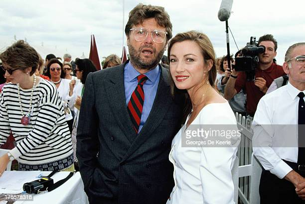 Actress Jane Seymour and her husband David Flynn at Cartier Polo Day on July 29 1990 in Windsor England