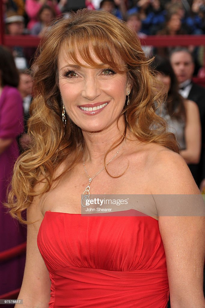 Actress Jane Seymour arrives at the 82nd Annual Academy Awards held at Kodak Theatre on March 7, 2010 in Hollywood, California.