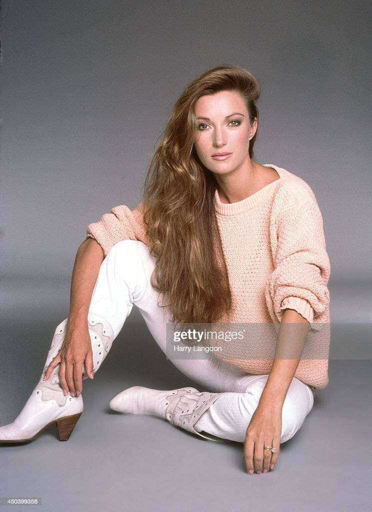 Actress <a gi-track='captionPersonalityLinkClicked' href=/galleries/search?phrase=Jane+Seymour+-+Actress&family=editorial&specificpeople=203060 ng-click='$event.stopPropagation()'>Jane Seymour</a> poses for a portrait in 1985 in Los Angeles, California.