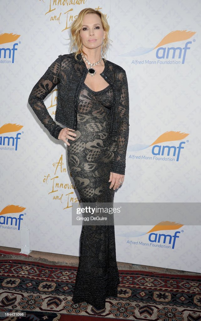 Actress Janet Jones Gretzky attends the 10th Annual Alfred Mann Foundation Gala at 9900 Wilshire Blvd on October 13, 2013 in Beverly Hills, California.