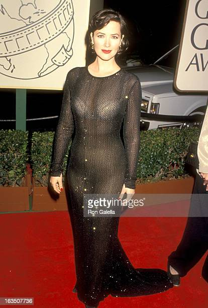 Actress Janine Turner attends the 51st Annual Golden Globe Awards on January 22 1994 at Beverly Hilton Hotel in Beverly Hills California