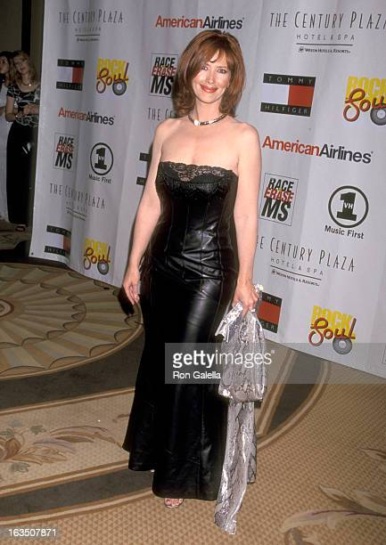Actress Janine Turner attends The Nancy Davis Foundation's Eighth Annual Race to Erase MS Gala on May 18 2001 at Century Plaza Hotel in Los Angeles...