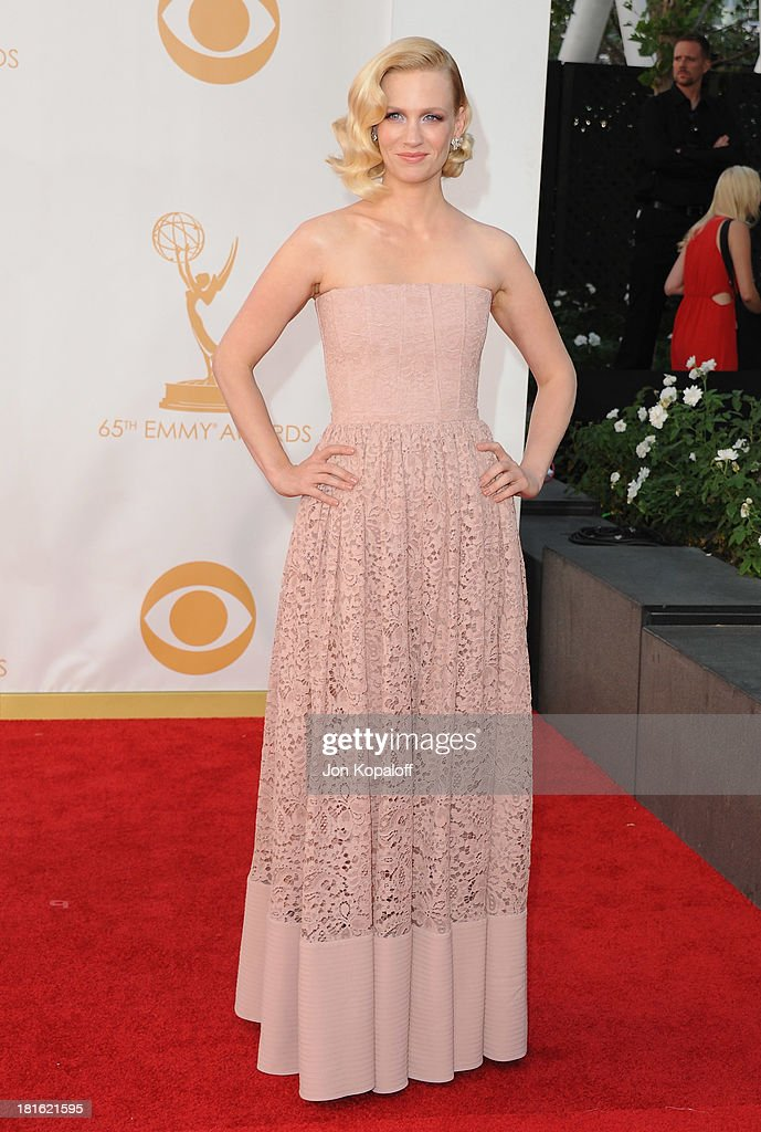 Actress January Jones arrives at the 65th Annual Primetime Emmy Awards at Nokia Theatre L.A. Live on September 22, 2013 in Los Angeles, California.