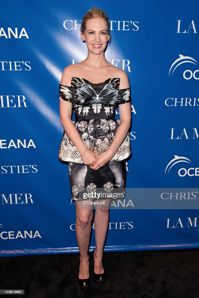 Fabulous Actress January Jones Attends The La Revolution Bleue Special At Picture Id143810962 Short Hairstyles Gunalazisus
