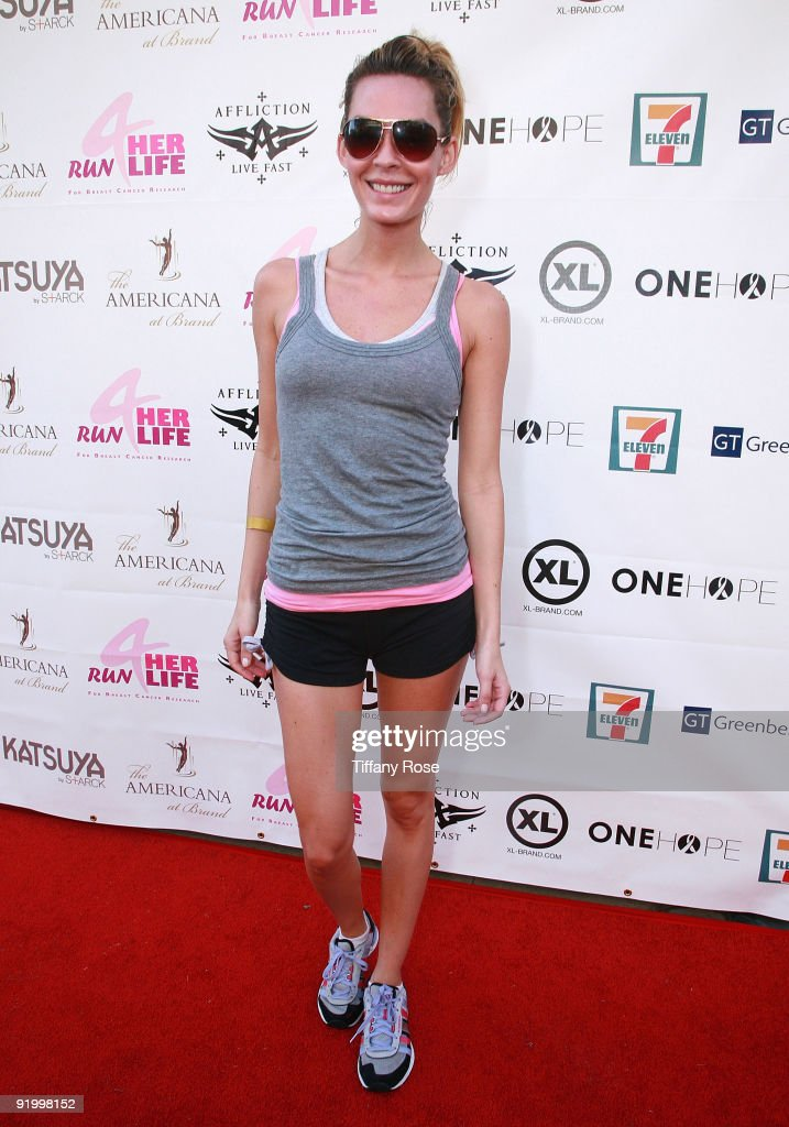 Actress Jasmine Dustin attends 'Run For Her Life' Benefitting Breast Cancer Research on October 18, 2009 in Glendale, California.