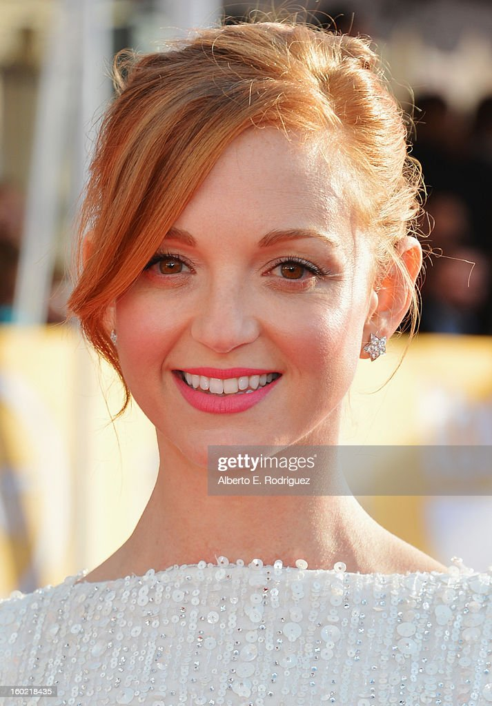 Actress Jayma Mays arrives at the 19th Annual Screen Actors Guild Awards held at The Shrine Auditorium on January 27, 2013 in Los Angeles, California.
