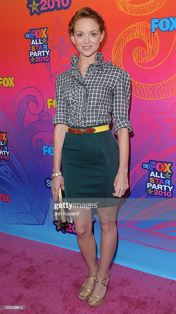 Actress Jayma Mays arrives at the Fox All-Star Party at Pacific Park at the Santa Monica Pier on August 2, 2010 in Santa Monica, California.