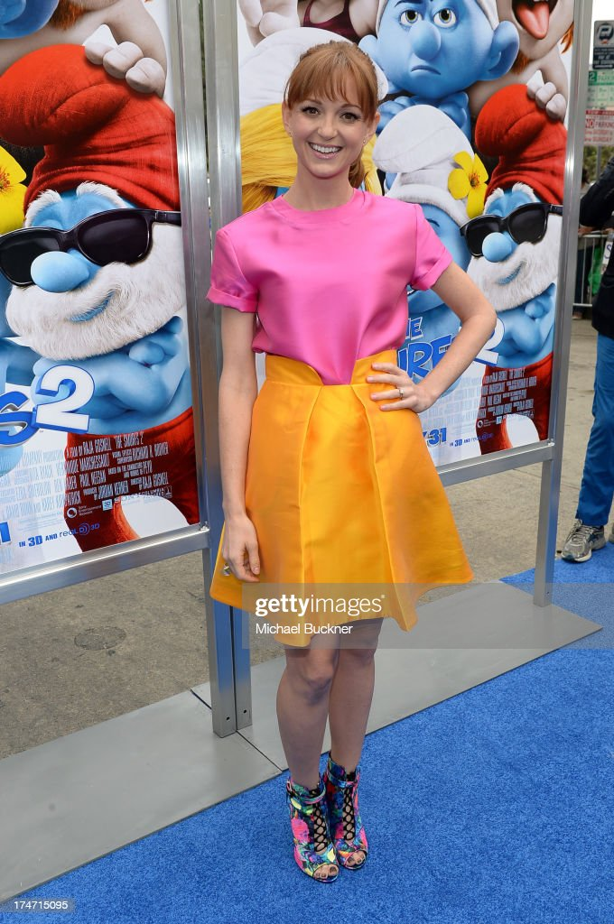 Actress Jayma Mays attends the Los Angeles premiere of 'The Smurfs 2' at Regency Village Theatre on July 28, 2013 in Westwood, California.