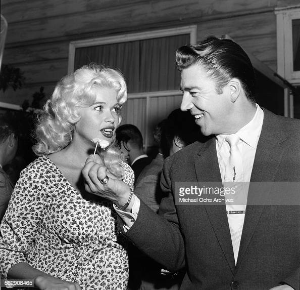 Jayne Mansfield and Mickey Hargitay Pictures | Getty Images