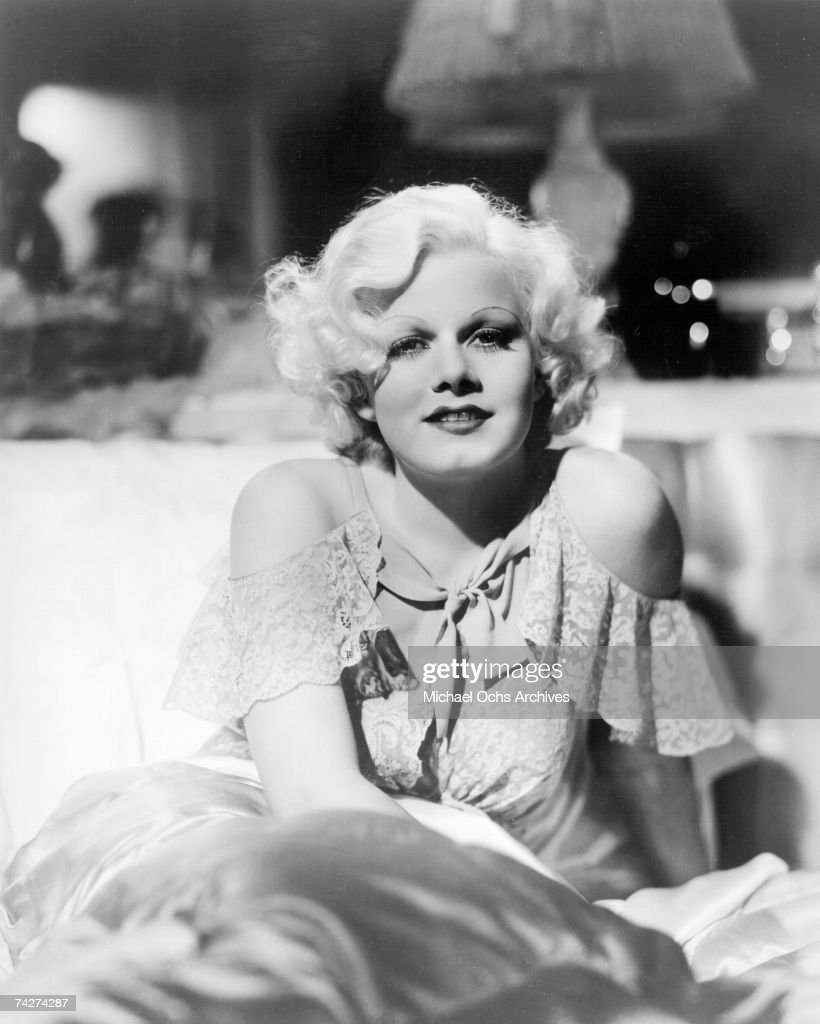 Actress <a gi-track='captionPersonalityLinkClicked' href=/galleries/search?phrase=Jean+Harlow&family=editorial&specificpeople=70012 ng-click='$event.stopPropagation()'>Jean Harlow</a> Photo by Michael Ochs Archives/Getty Images