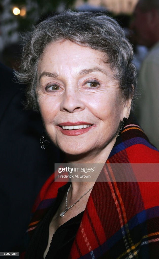 Actress Jean Simmons attends the premiere of the play 'You Can't Take It With You' presented by the Geffen Playhouse at the Brentwood Theatre on April 20, 2005 in Brentwood, California.