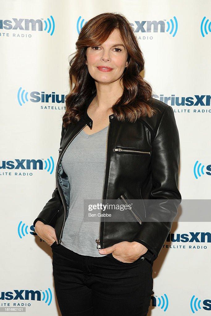 Actress Jeanne Tripplehorn visits SiriusXM Studios on September 23, 2013 in New York City.