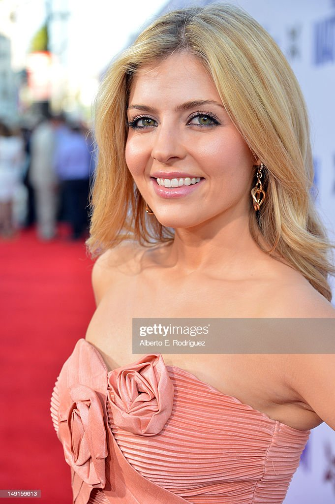 Actress Jen Lilley arrives at the premiere of Twentieth Century Fox's 'The Watch' at Grauman's Chinese Theatre on July 23, 2012 in Hollywood, California.