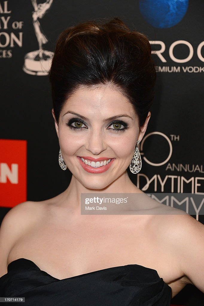 Actress Jen Lilley attends The 40th Annual Daytime Emmy Awards at The Beverly Hilton Hotel on June 16, 2013 in Beverly Hills, California.