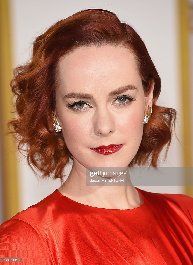 Actress Jena Malone attends the Premiere of Lionsgate's 'The Hunger Games Mockingjay Part 1' at Nokia Theatre LA Live on November 17 2014 in Los...