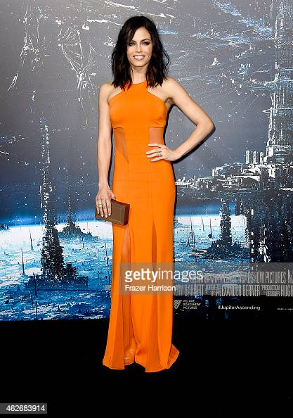 Actress Jenna Dewan attends the premiere of Warner Bros Pictures' 'Jupiter Ascending' at TCL Chinese Theatre on February 2 2015 in Hollywood...