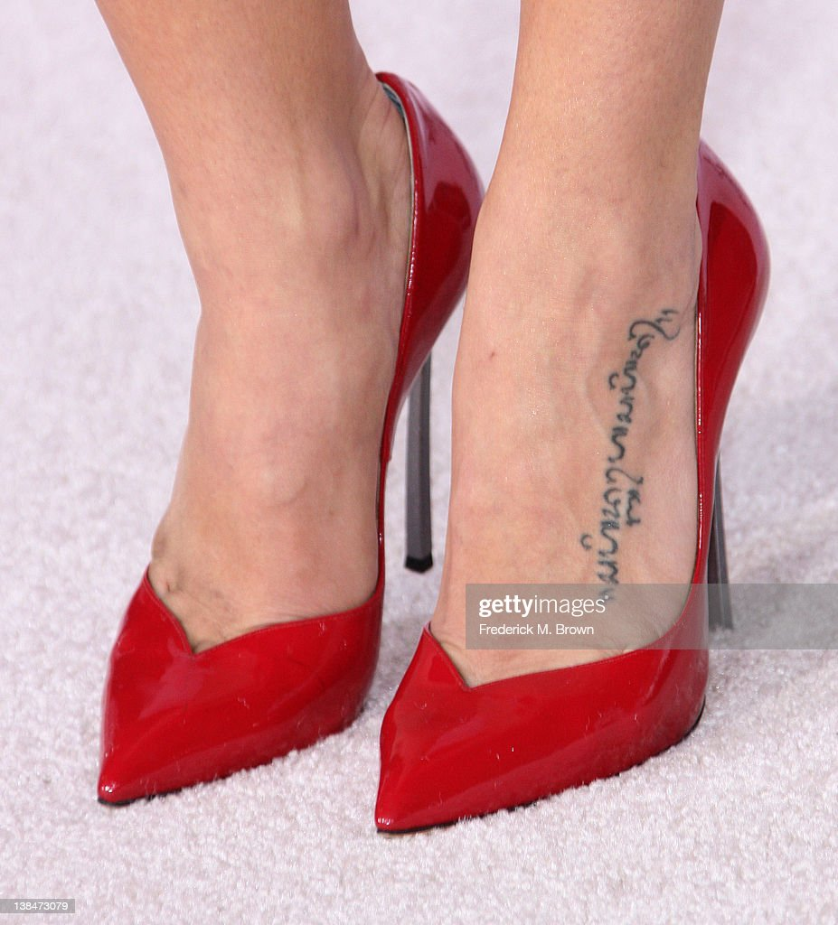 Actress Jenna Dewan Tatum (shoe detail/tattoo detail) attends the Premiere of Sony Pictures' 'The Vow' at Grauman's Chinese Theatre on February 6, 2012 in Hollywood, California.