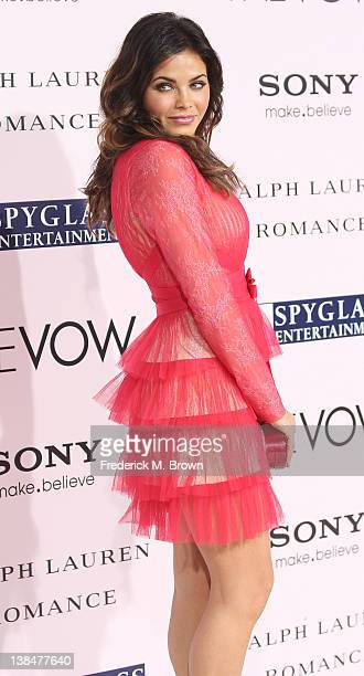 Actress Jenna Dewan Tatum attends the Premiere of Sony Pictures' 'The Vow' at Grauman's Chinese Theatre on February 6 2012 in Hollywood California