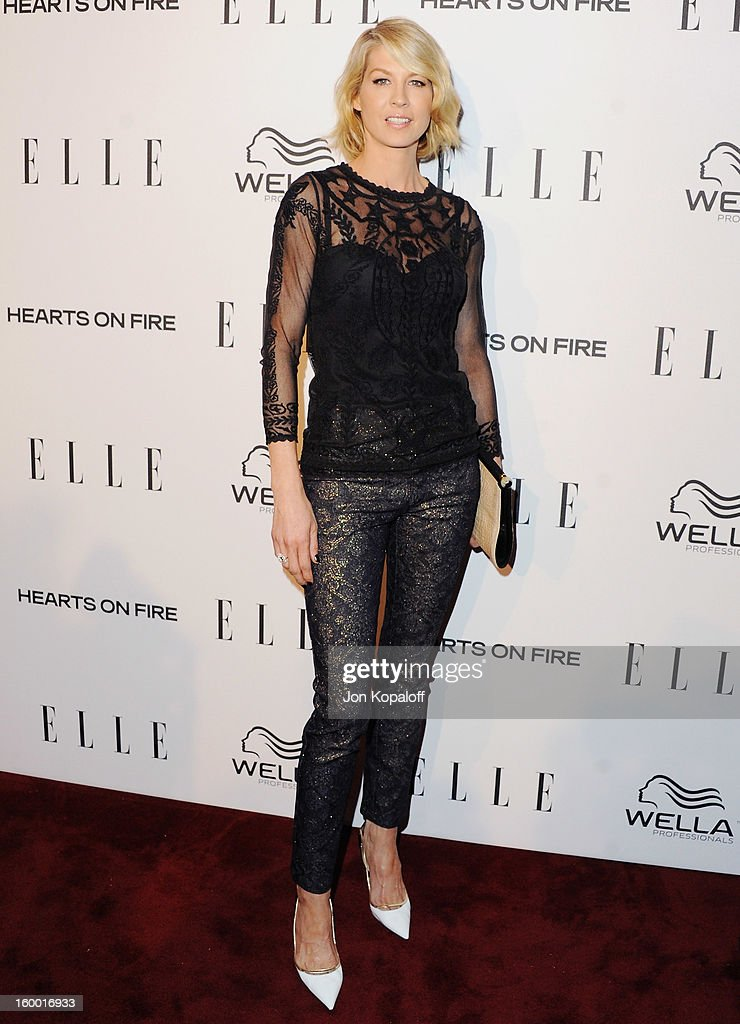 Actress Jenna Elfman arrives at ELLE's 2nd Annual Women In TV Event at Soho House on January 24, 2013 in West Hollywood, California.