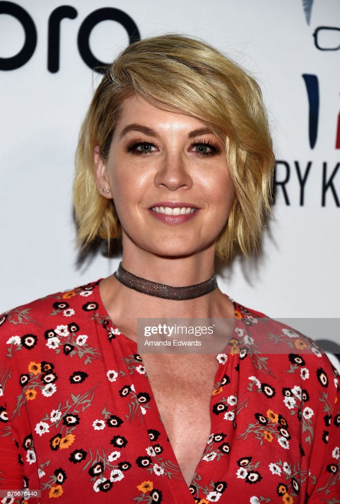 Actress Jenna Elfman arrives at Larry King's 60th Broadcasting Anniversary Event at HYDE Sunset: Kitchen + Cocktails on May 1, 2017 in West Hollywood, California.