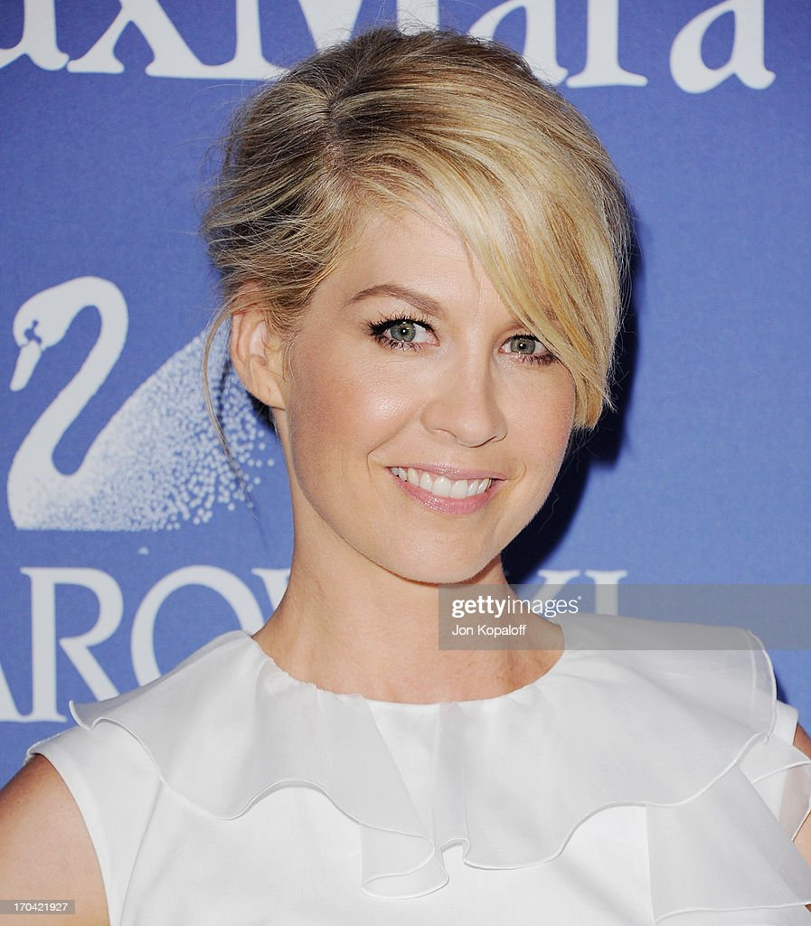 Actress Jenna Elfman arrives at the 2013 Women In Film's Crystal + Lucy Awards at The Beverly Hilton Hotel on June 12, 2013 in Beverly Hills, California.