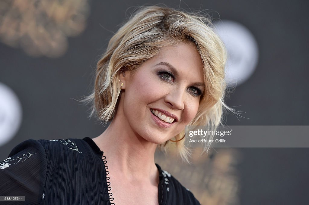 Actress Jenna Elfman arrives at the premiere of Disney's 'Alice Through The Looking Glass' at the El Capitan Theatre on May 23 2016 in Hollywood...