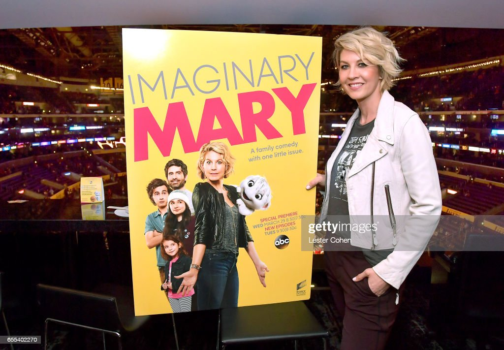 Actress Jenna Elfman attends the Los Angeles Lakers game to celebrate the series premiere of ABC's 'Imaginary Mary' at Staples Center on March 19, 2017 in Los Angeles, California. The sneak peek of 'Imaginary Mary' airs on Wednesday March 29th at 8:30pm on ABC.
