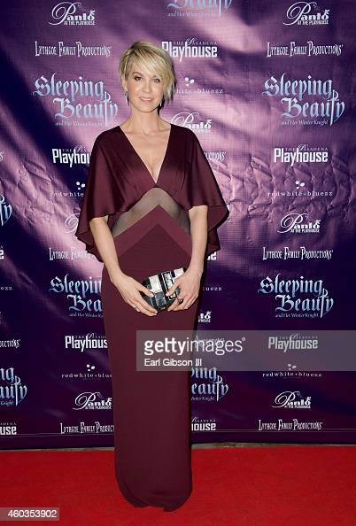 Actress Jenna Elfman attends the opening night premiere of the Pasadena Playhouse And Lythgoe Family Productions Present 'Sleeping Beauty And Her...