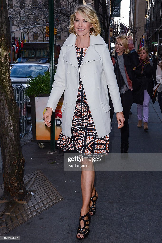 Actress Jenna Elfman leaves the 'Today Show' taping at the NBC Rockefeller Center Studios on January 10, 2013 in New York City.