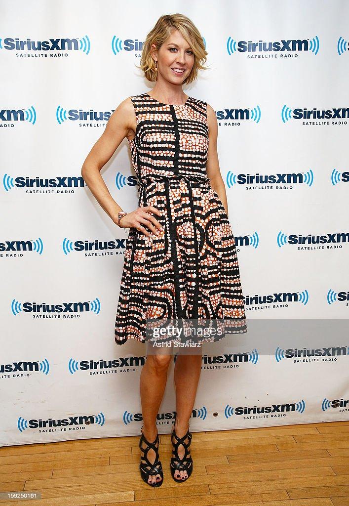 Actress Jenna Elfman visits SiriusXM studios on January 10, 2013 in New York City.