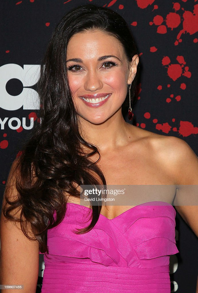 Actress Jenna Lind attends the premiere of Starz's 'Spartacus: War of the Damned' at Regal Cinemas L.A. Live on January 22, 2013 in Los Angeles, California.