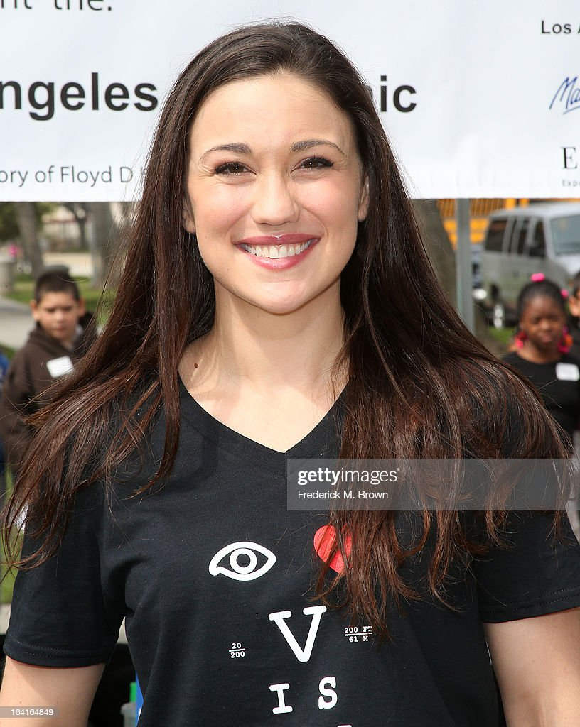 Actress Jenna Lind of the cast of Starz 'Spartacus: War Of The Damned' lend support at the 2013 Visual Impact Now Annual Eye Clinic Event on March 20, 2013 in Los Angeles, California.
