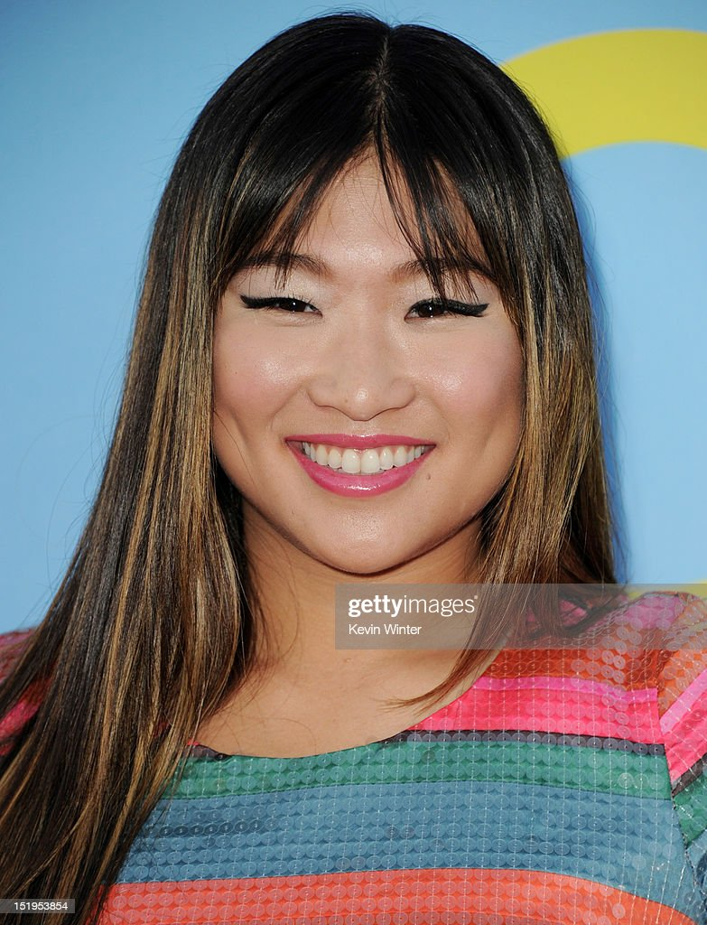 Actress Jenna Ushkowitz arrives at the premiere of Fox Television's 'Glee' at Paramount Studios on September 12, 2012 in Los Angeles, California.