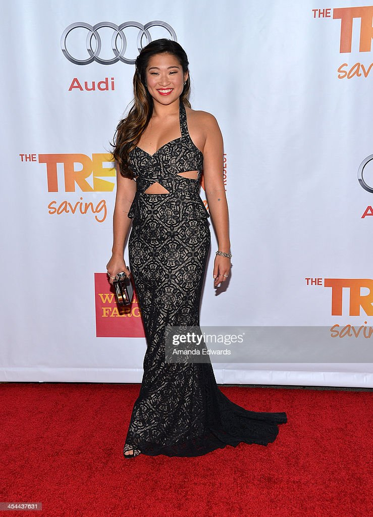 Actress Jenna Ushkowitz arrives at the TrevorLIVE Los Angeles Benefit celebrating The Trevor Project's 15th anniversary at the Hollywood Palladium on December 8, 2013 in Hollywood, California.